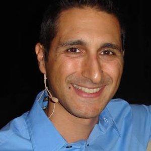 David DeAngelo internet dating profiel